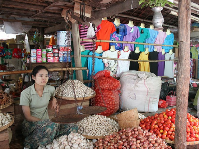 Bagan,local market